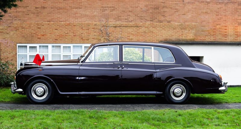 NAT 200221 Rolls Royce-18-1582290889898