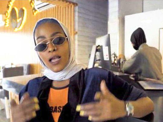 200222 a girl from makkah