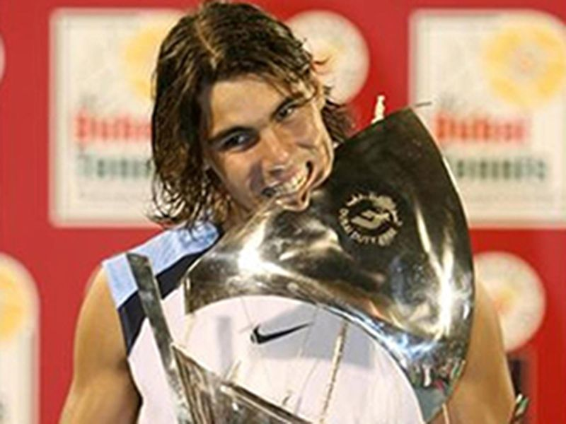 2006: Rafael Nadal breaks the Federer dominance, beating the Swiss to the title