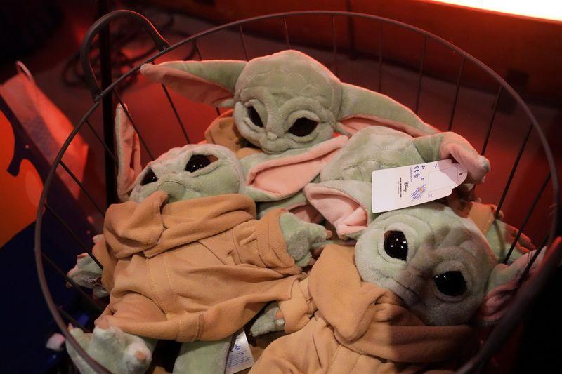 Baby Yoda4-1582438462356
