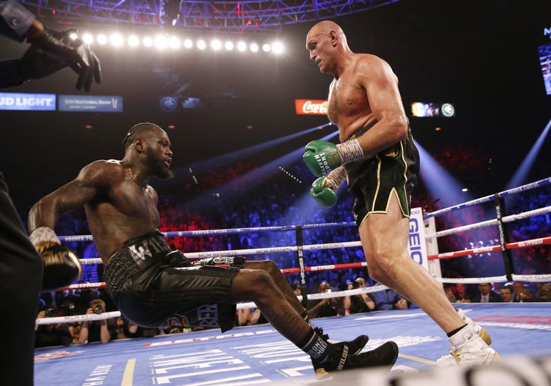 Copy of 2020-02-23T053547Z_1181506715_HP1EG2N0FJNMQ_RTRMADP_3_BOXING-HEAVYWEIGHT-WILDER-FURY-1582437545604