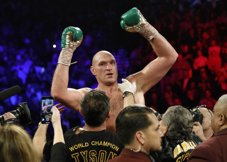 Copy of 2020-02-23T054611Z_1074160012_HP1EG2N0G0ZN1_RTRMADP_3_BOXING-HEAVYWEIGHT-WILDER-FURY-1582437536255