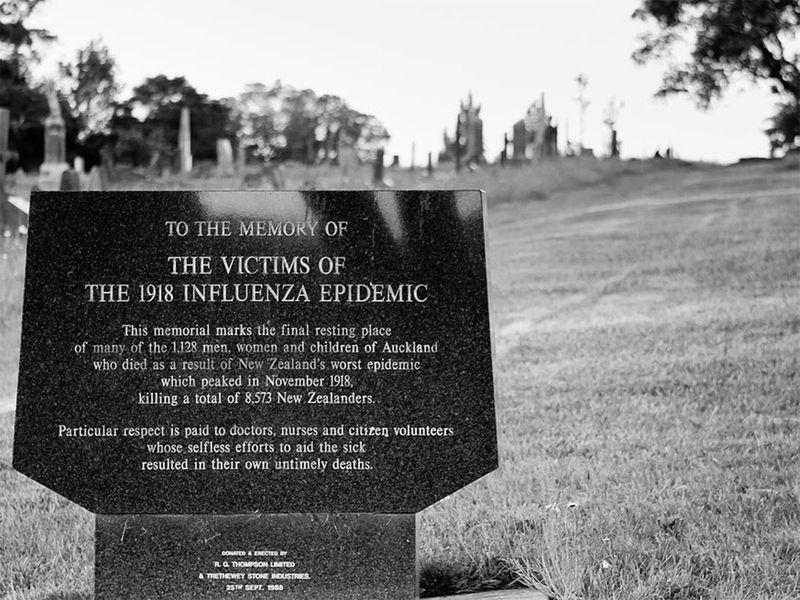 Tombstone Spanish flu