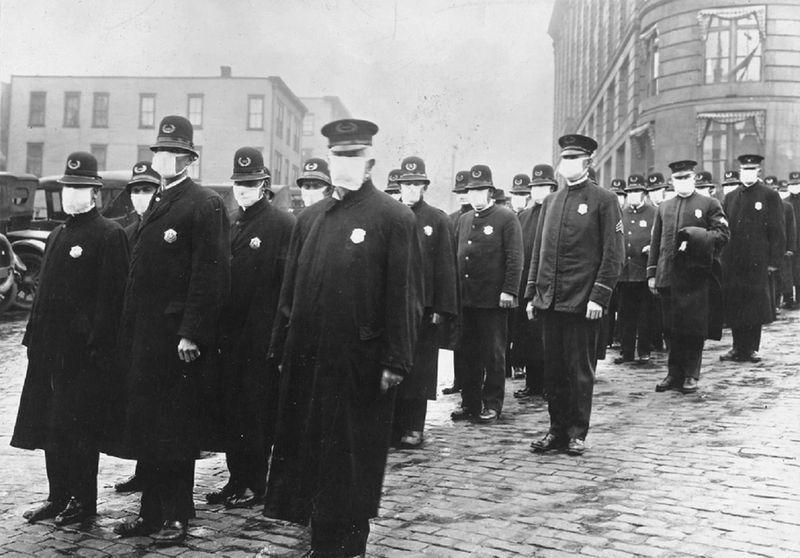 Policemen in Seattle city Spanish flu