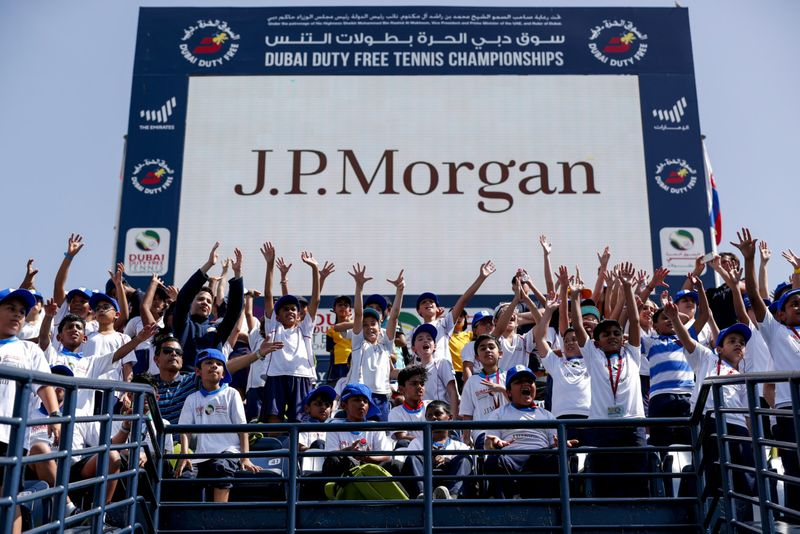 The J.P Morgan Kids Clinic has always been a tremendous success in the history of the Dubai Duty Free Tennis Championships and a huge number of schools have been part of this special day.-1582548596132