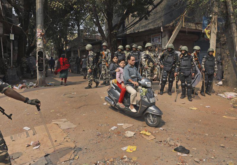 Copy of India_Trump_Protests_37059.jpg-faa88-1582719996336