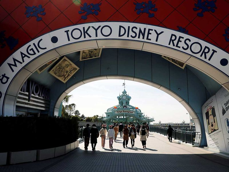 Copy-of-2020-02-28T061931Z_497793396_RC2I9F9LODR7_RTRMADP_3_CHINA-HEALTH-DISNEYLAND-(Read-Only)