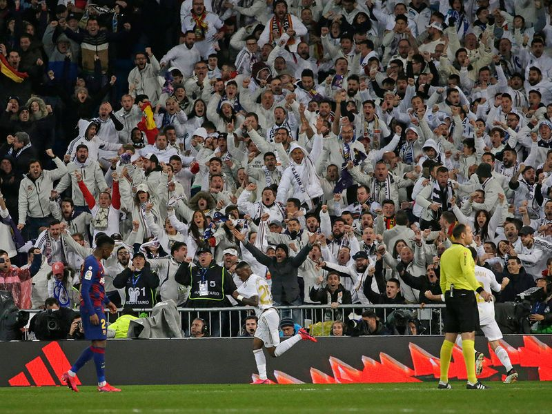 Real Madrid beat Barcelona 2-0