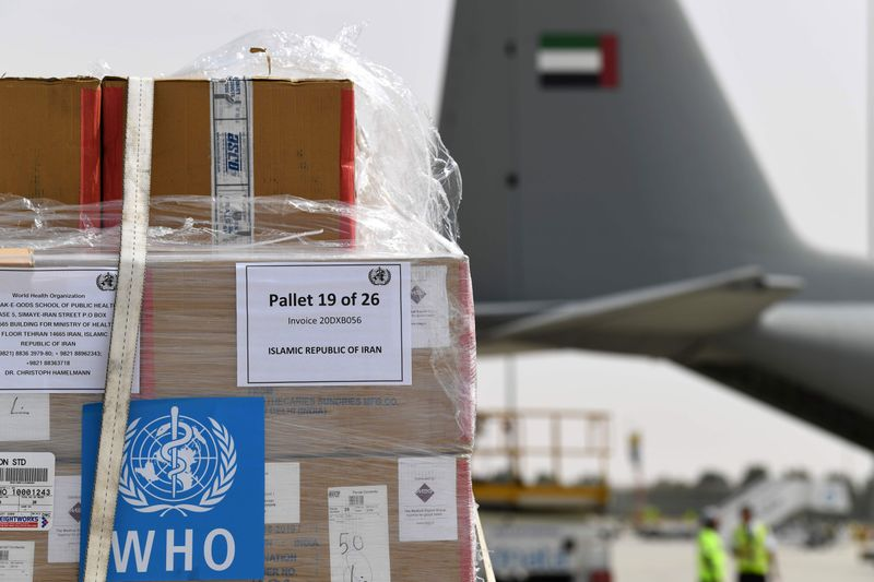 UAE delivers aid to Iran to help in the fight against coronavirus