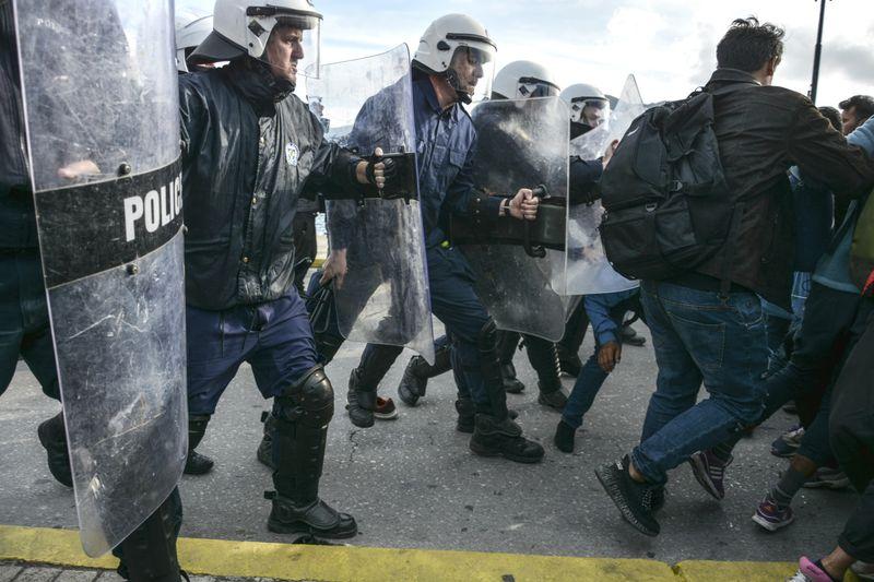 Copy of Greece_Turkey_Migrants_19907.jpg-0d0d3-1583310255864