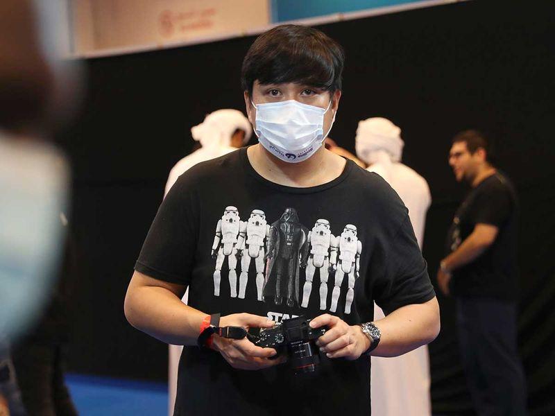 Copy-of-Virus_Outbreak_Mideast_Comic_Con_09056