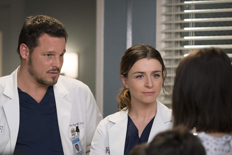 Justin Chambers, Caterina Scorsone, and Caitlin McGee in Grey's Anatomy (2005)-1583848041169