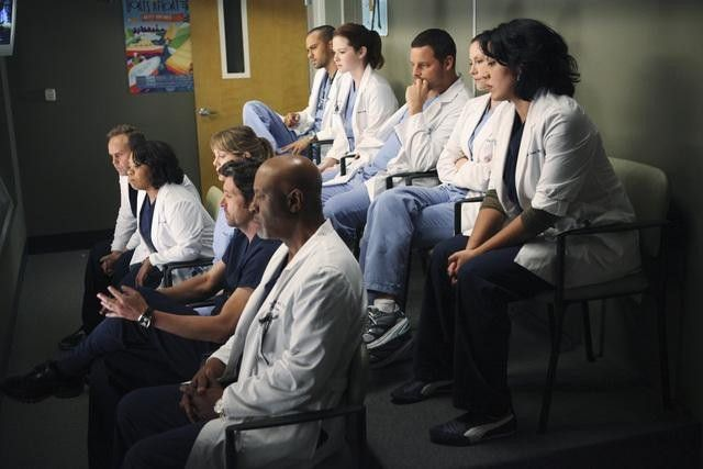 Patrick Dempsey, Peter MacNicol, Justin Chambers, Sarah Drew, Chyler Leigh, James Pickens Jr., Ellen Pompeo, Sara Ramirez, Jesse Williams, and Chandra Wilson in Grey's Anatomy (2005)-1583848044631