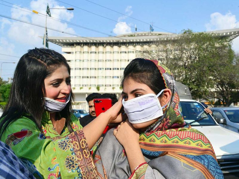 Photos: This is how Pakistanis taking measures to prevent ...