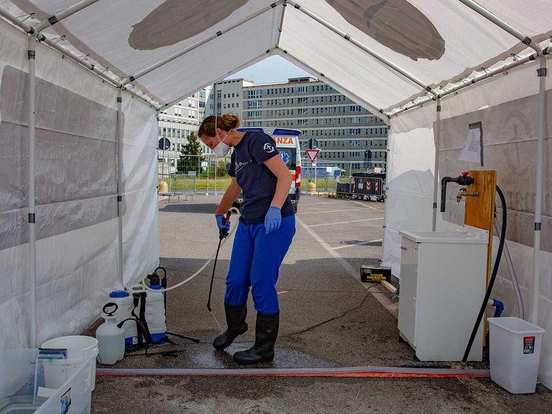 Italy medical worker coronavirus