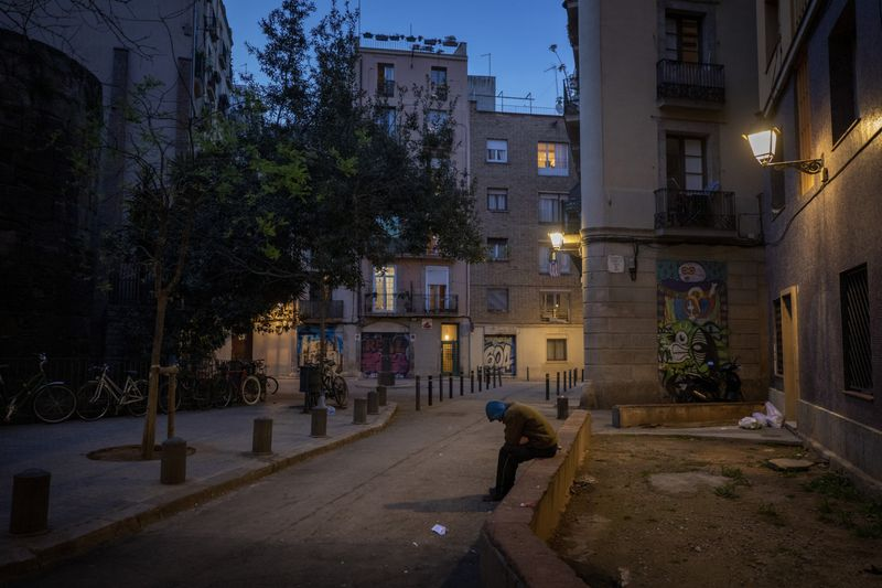 Copy of Virus_Outbreak_Spain_Homeless_Photo_Gallery_69899.jpg-5396c~1-1585149877892