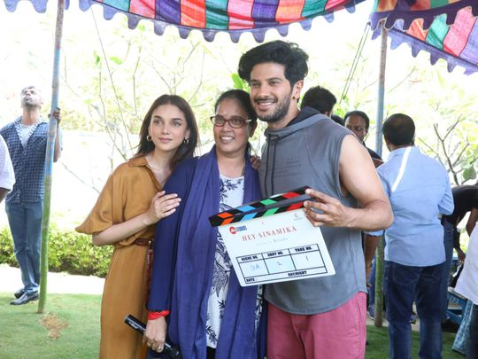 choreographer turned director Brinda with Aditi Rao Hydari and Dulquer Salmaan-1585113691715