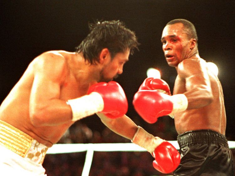 Ray Leonard and Roberto Duran in their second fight in 1980.