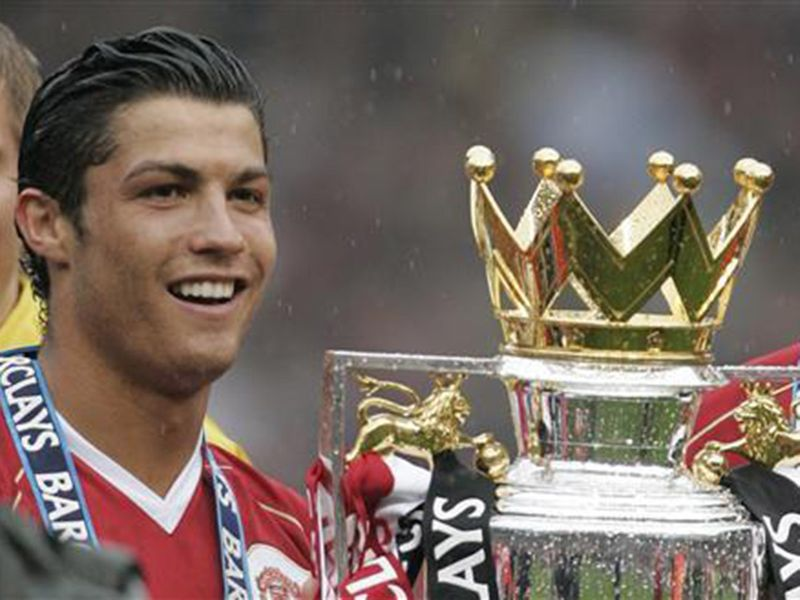 Ronaldo won the title with Manchester United in 2007