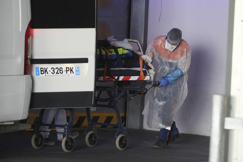 Copy of Virus_Outbreak_France_40429.jpg-dceaf-1585824988983