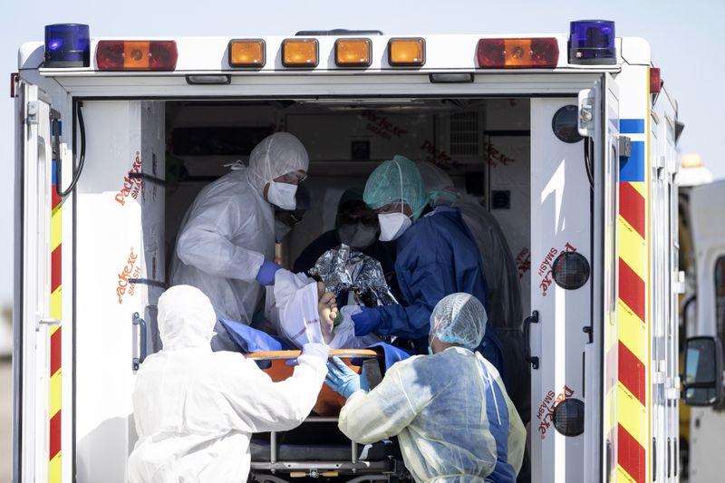 Copy of Virus_Outbreak_France_70310.jpg-d0215-1585825004608