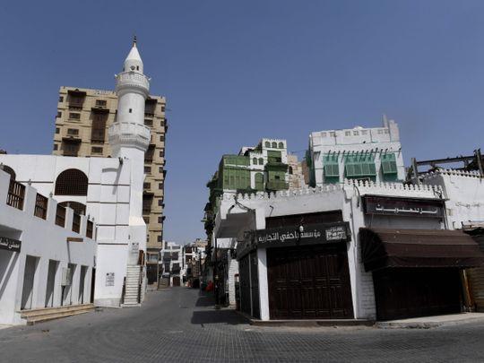 COVID-19: 5 more deaths in Saudi Arabia as cases reach 2,402