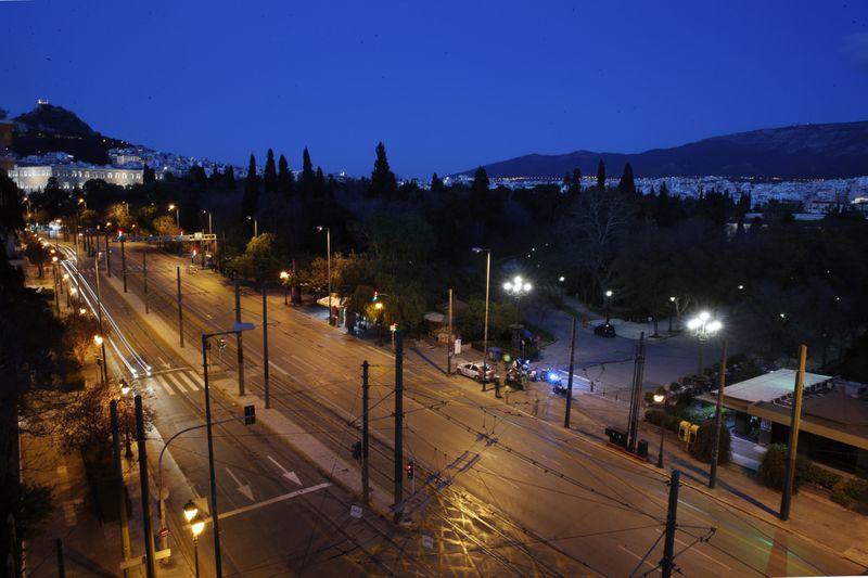 Copy of Virus_Outbreak_Greece_Empty_Athens_Photo_Gallery_87176.jpg-997f8~1-1586082144696