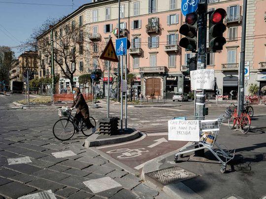 Italy coronavirus food cart