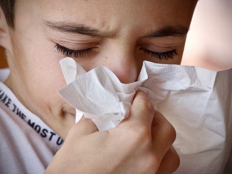 Child sneeze generic
