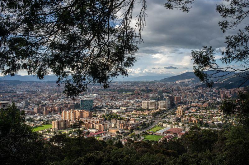 A view of Bogotá 01