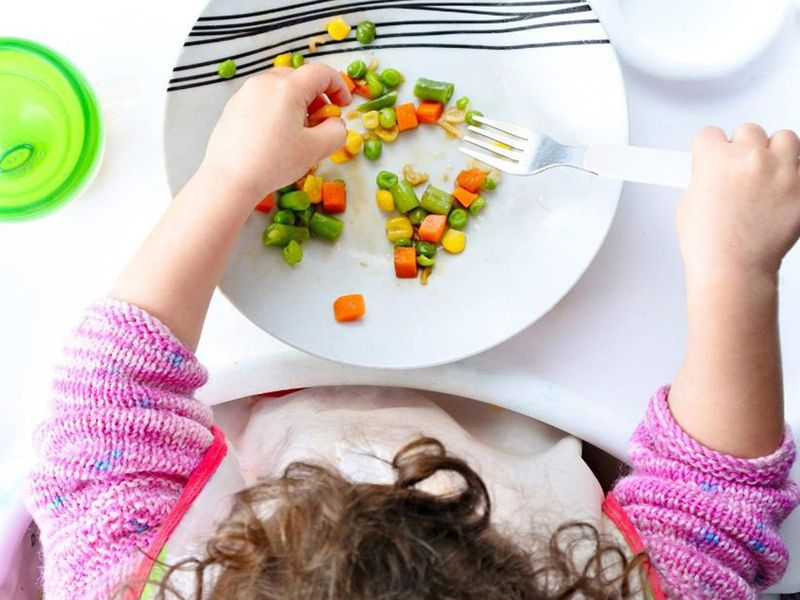 How-do-you-make-sure-your-child-is-eating-healthily