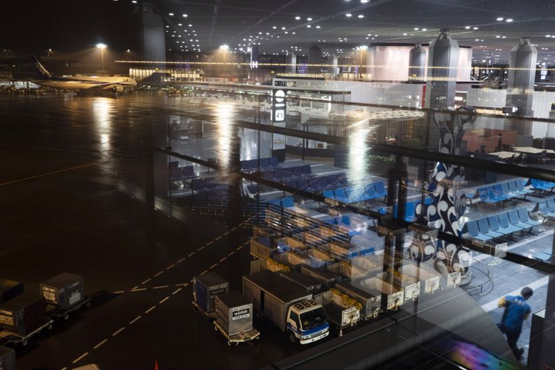 Copy of Virus_Outbreak_Tokyo_Empty_Airports_04930.jpg-02713~1-1586855214143