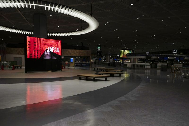 Copy of Virus_Outbreak_Tokyo_Empty_Airports_41401.jpg-41ab6~1-1586855232538