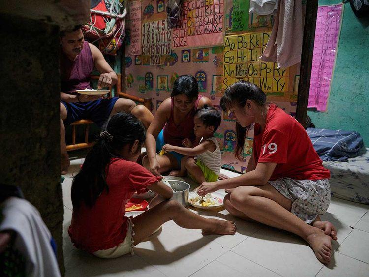 Luzon lockdown slum Philippines