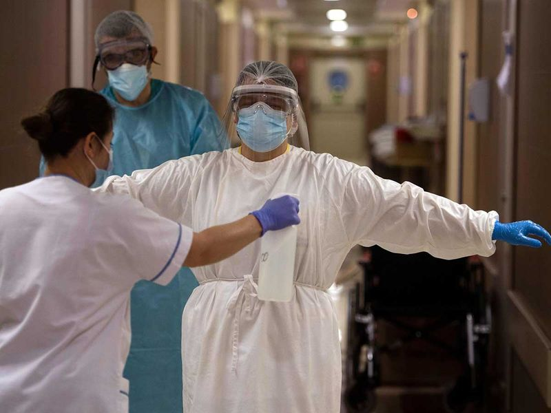 Spain health worker covid