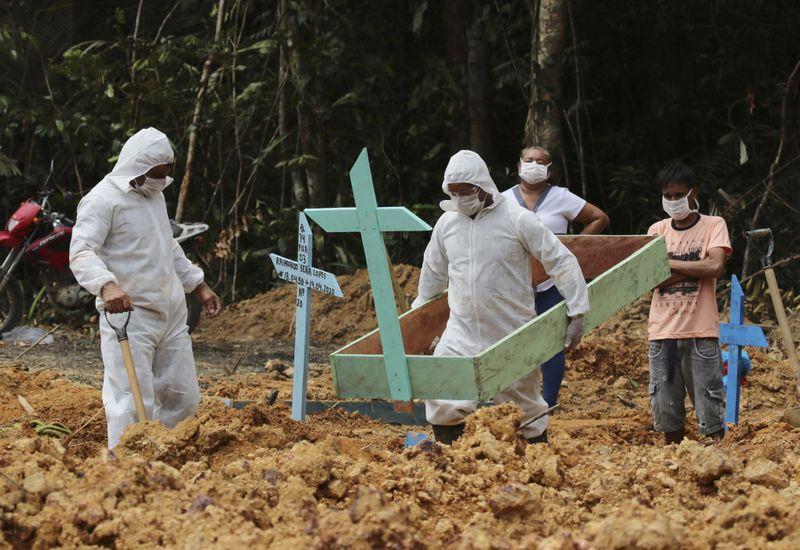 Copy of APTOPIX_Virus_Outbreak_Brazil_Manaus_42775.jpg-5c6df~1-1587375240234