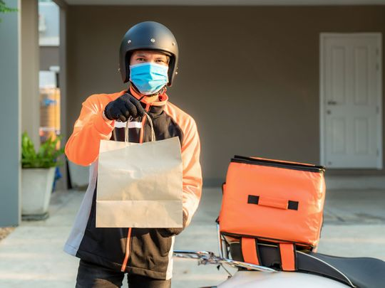 How to prevent getting infected with Covid-19 when ordering food delivery