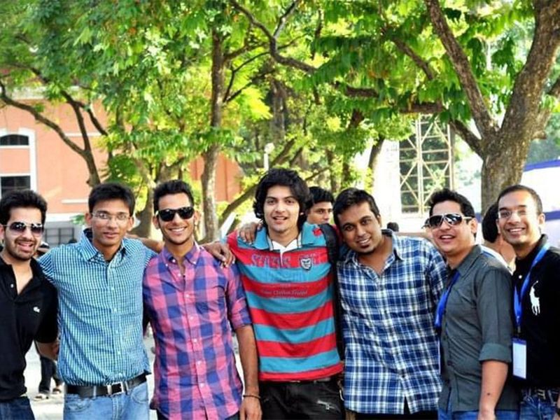 Bollywood actor Ali Fazal shared on his twitter handle an adorable picture posing with his Doon school gang in Uttrakhand. He captioned his tweet : Thats me at 20! With the Doscos!! Revisiting school.
