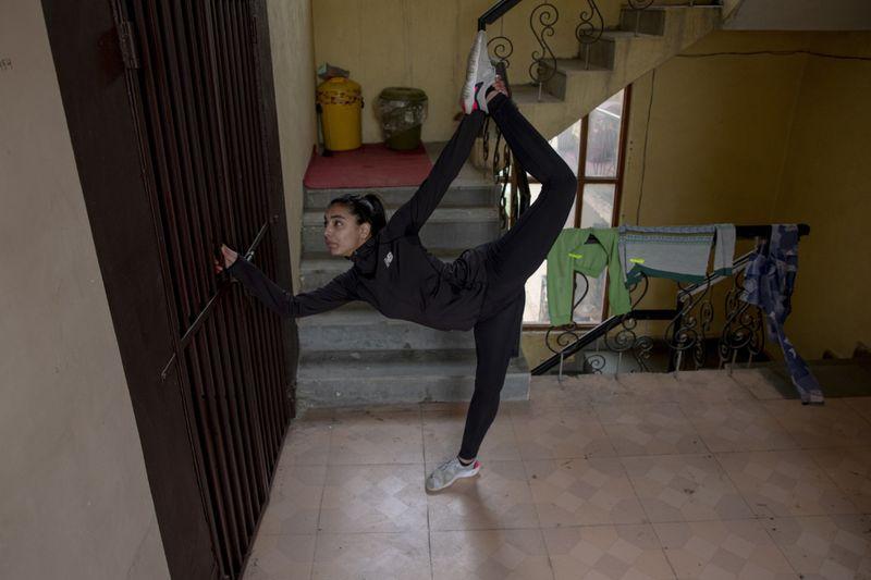 Copy of Virus_Outbreak_India_Kashmir_Athletes_Photo_Gallery_70100.jpg-68c06~1-1588679578325