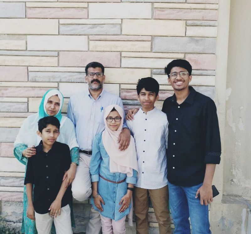 NAT Muneeruddeen and family-1588781839046