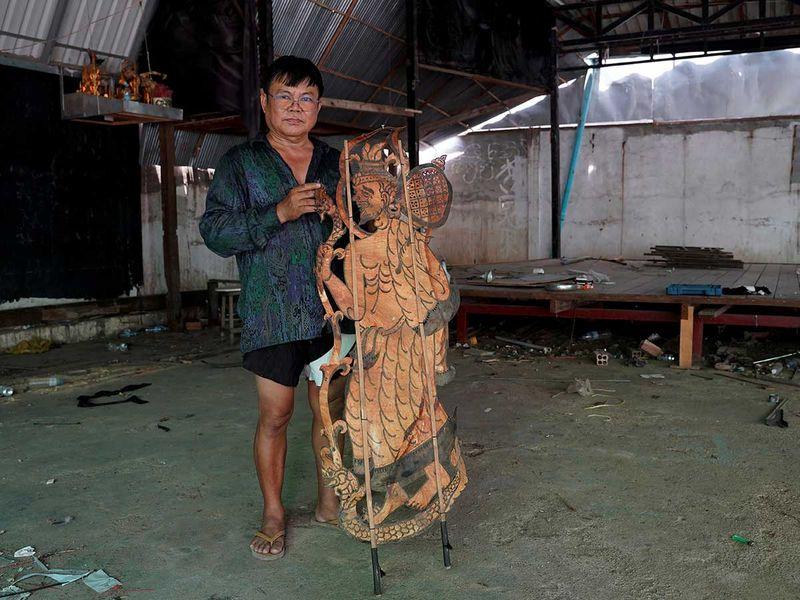 Cambodian puppet master Mann Kosal