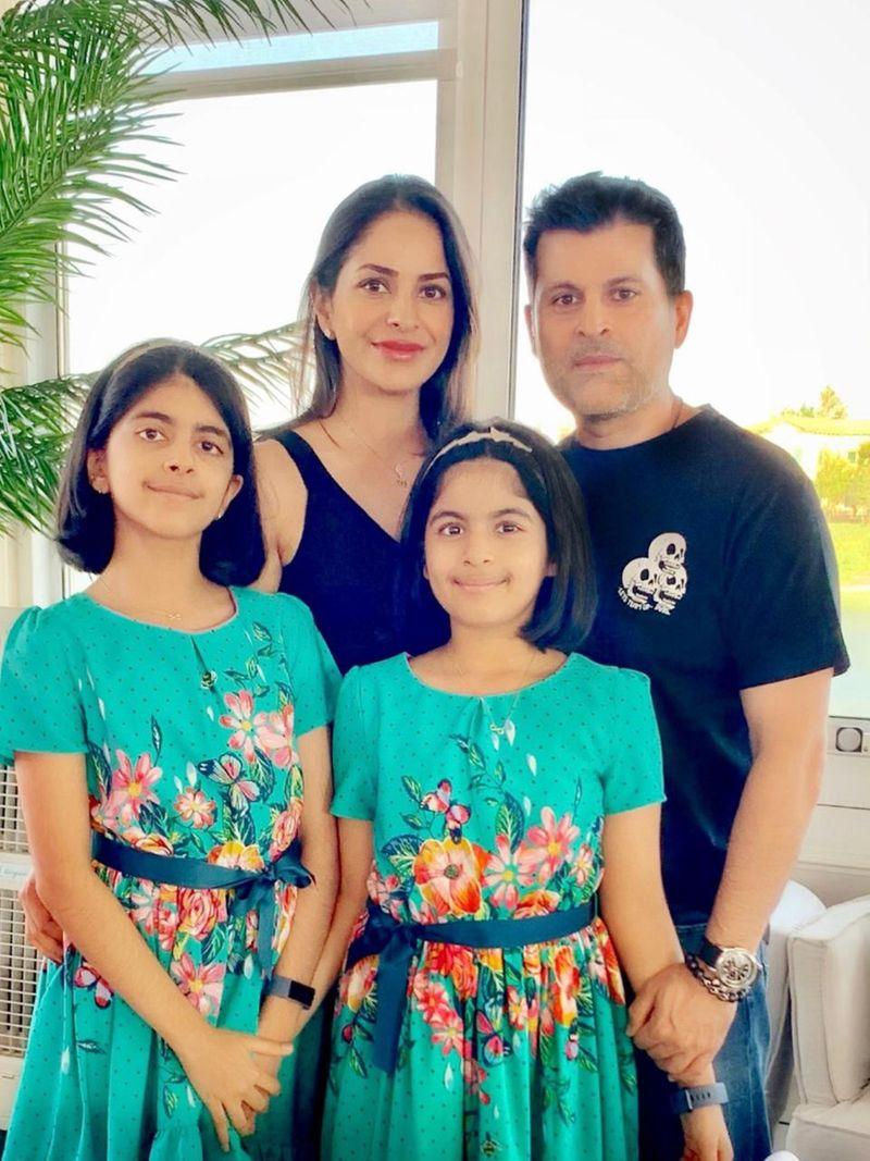 NAT Twins Sharvi and Shaivi Kalwani  AK13-1589526478514