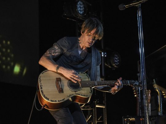 tab 200516 Keith Urban1-1589617510589