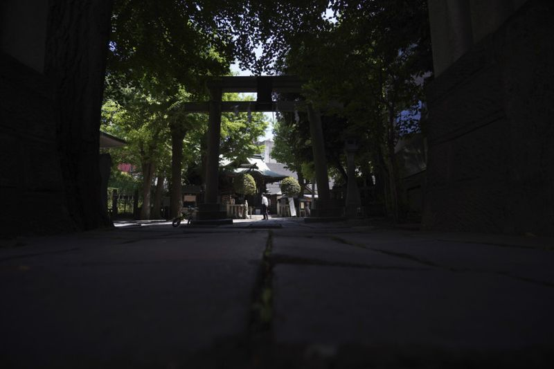 Copy of Virus_Outbreak_Japan_Online_Shrine_Photo_Gallery_07103.jpg-2ed33~1-1589711458765