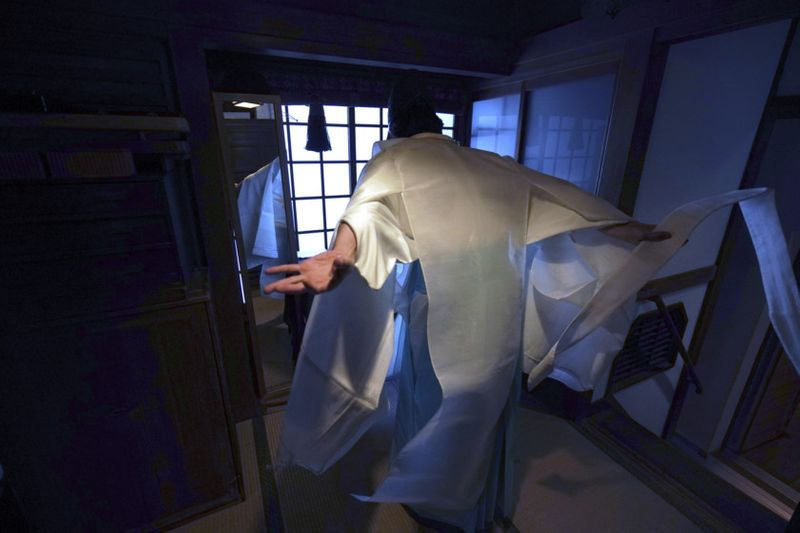Copy of Virus_Outbreak_Japan_Online_Shrine_Photo_Gallery_57633.jpg-12a94~1-1589711470704