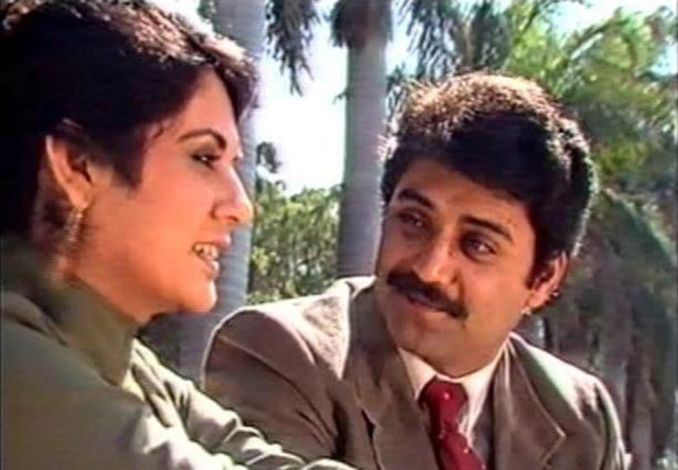 Asif Raza Mir and Shahnaz Sheikh, in a screengrab from their most popular TV show, TANHAIYYAN-1589786572684