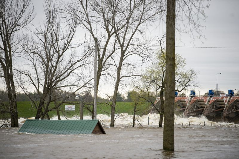Copy of Midwest_Flooding_02290.jpg-9835f~1-1589975206258