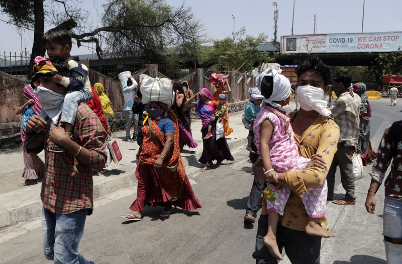 WEB 200519 MIGRANT INDIA644-1589960191262
