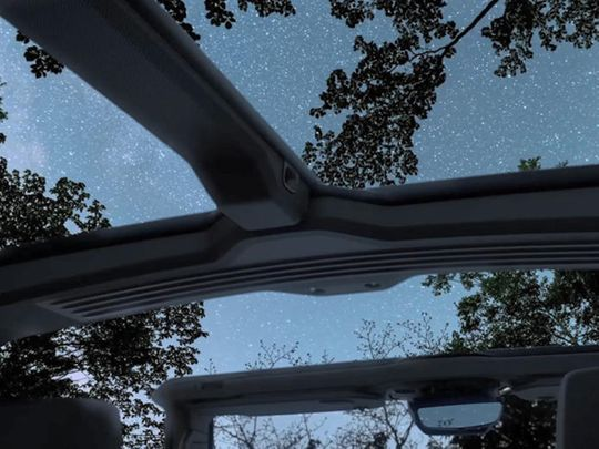 Auto hummer ev
