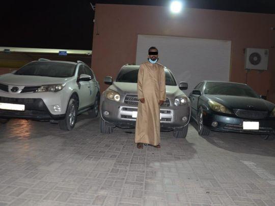 NAT 200521 stealing three running engine cars-1590072298095
